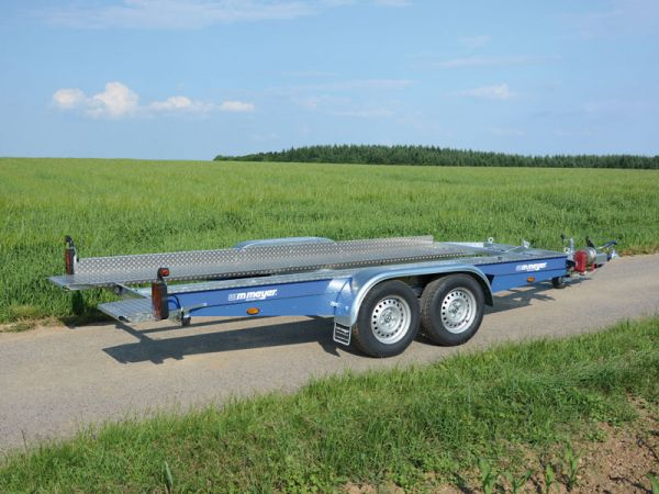 Autotransporter AK 3500 B Royal Blue