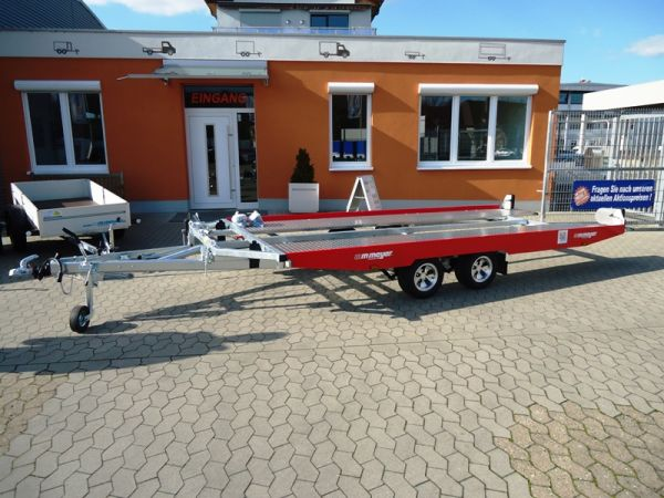 Autotransporter KHL 3500 Red and Restless