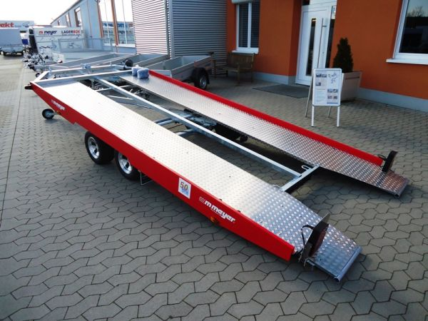 Autotransporter KHL 3000 Red and Restless