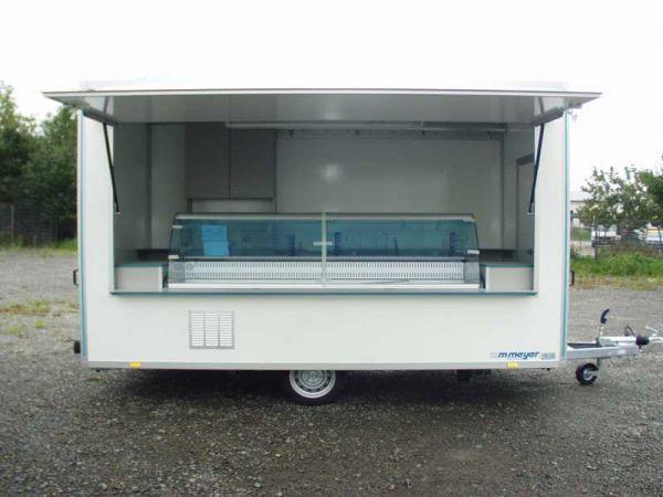 Verkaufswagen Top-Linie VKE 2040/216 - Kühltheke